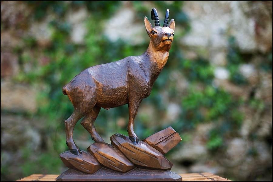 Antiquités brocante en Normandie: Bouquetin Forêt Noire