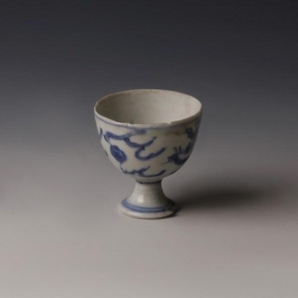 Chinese Kangxi Small Blue and White Tea Bowl