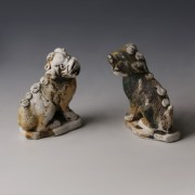 Chinese Kangxi Porcelain Lion Pair