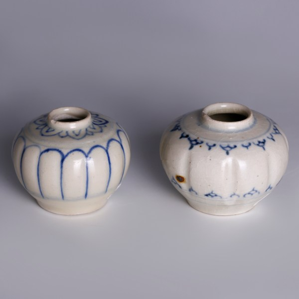 hoi an blue white decorated jarlets 4
