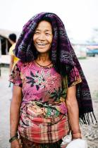 Jeff McAllister (@mcallisterjeff) of Canada shot this lovely photo of a Nepalese woman. It just makes you smile, doesn't it? pic.twitter.com/LGGaVFDj5X