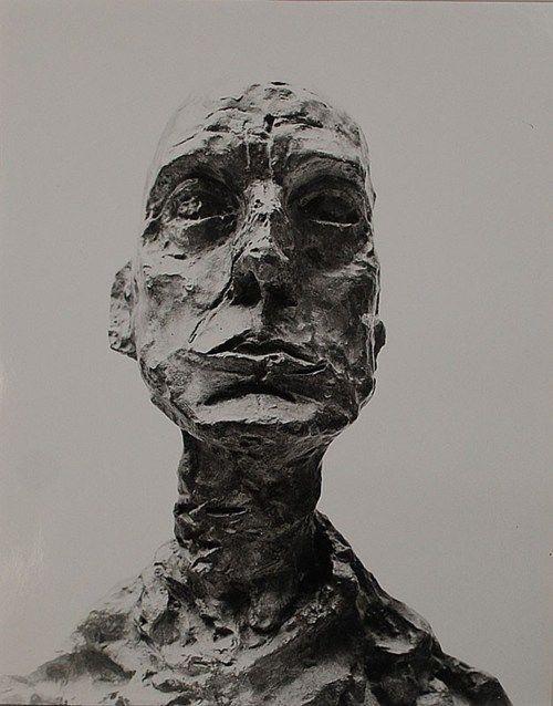 Photo of منحوتات ل ألبرتو جياكوميتي