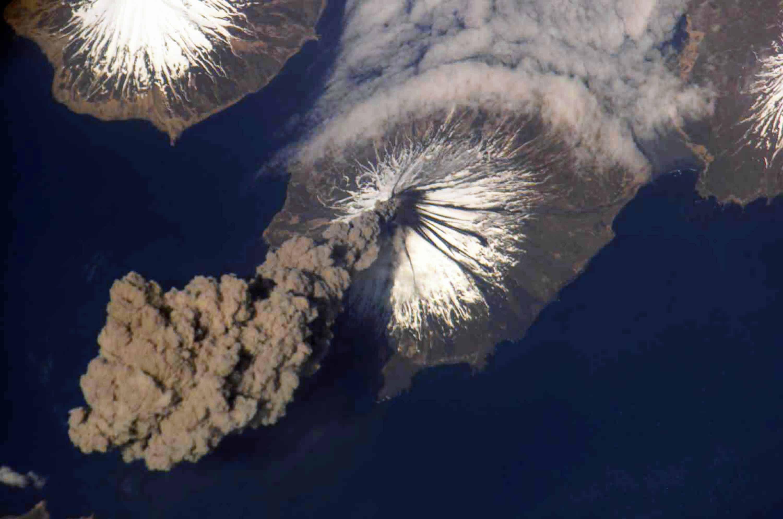 Photo of ناسا تضع خطة لإنقاذ الأرض من البركان المُدمر