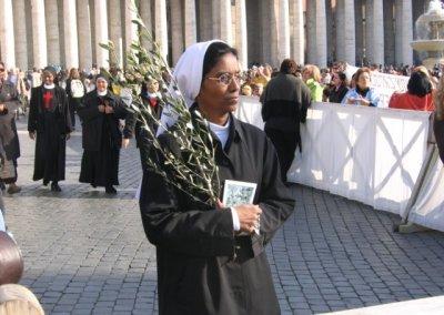 Na Placu św. Piotra w Niedzielę Palmową