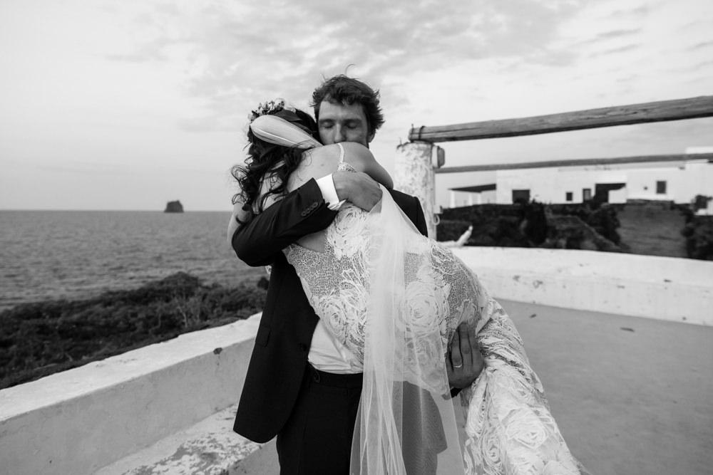 Fotografo di matrimonio a Filicudi