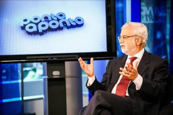 Gustavo Loyola é entrevistado por Antonio Lavareda e Mônica Bergamo no programa Ponto a Ponto