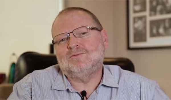Arthur Timerman participa do programa Ponto a Ponto