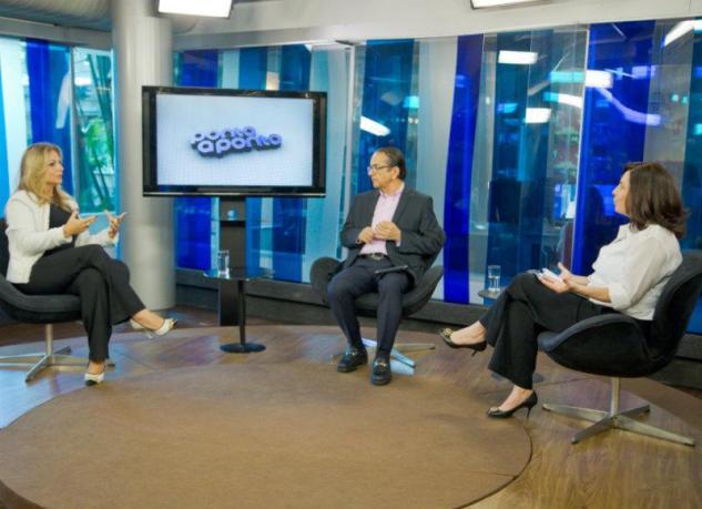 Mônica Bergamo e Antonio Lavareda entrevistam Simone Duque / Reprodução: Blogs NE 10