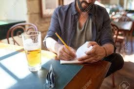 bar escribiendo