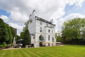 Eight Bedroom Townhouse – St Johns Wood Park