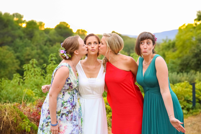 Mariée et les témoins