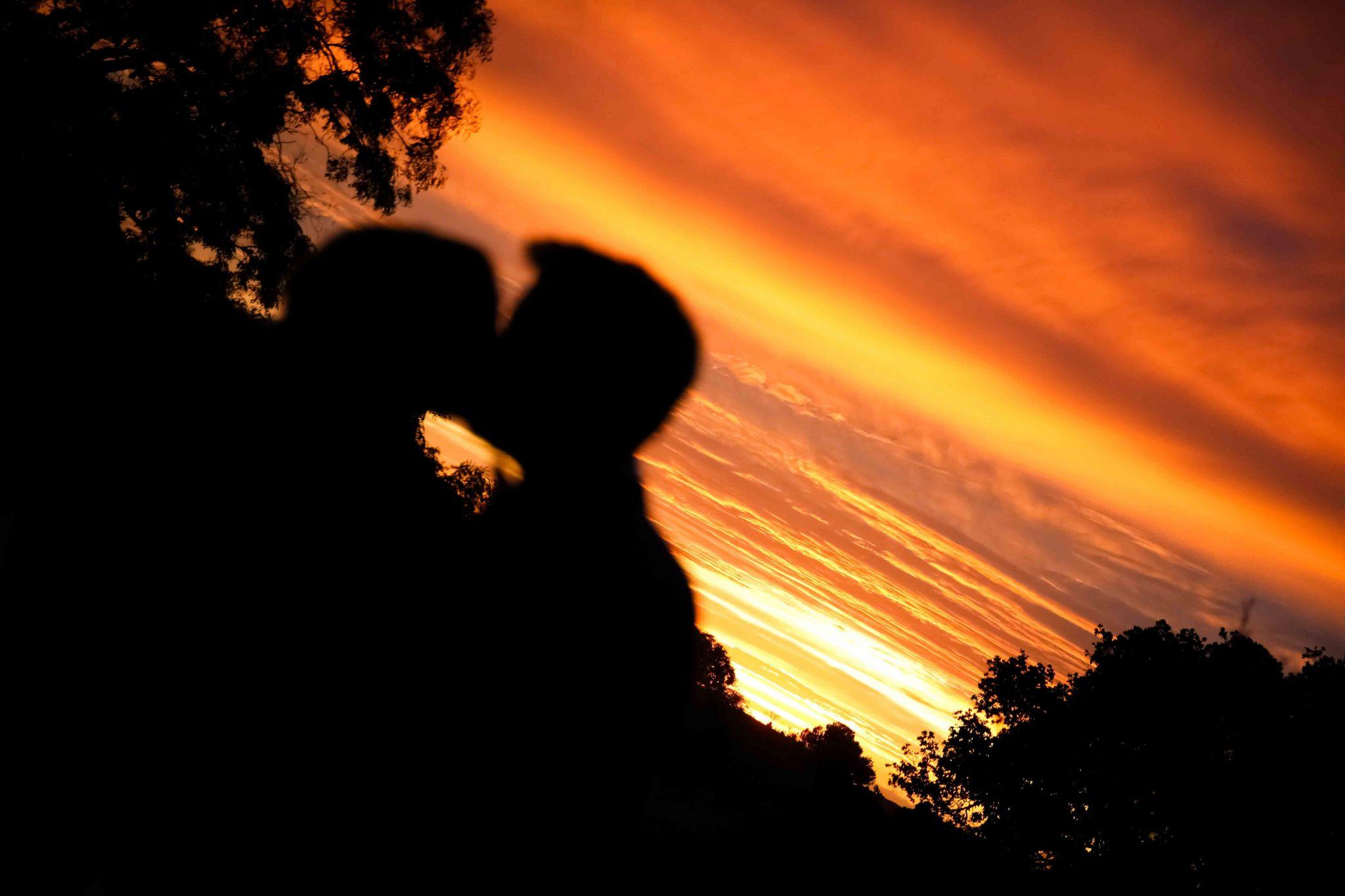 Photo Couple wedding sunset