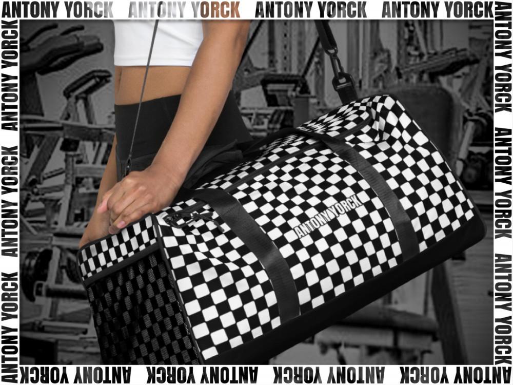 ANTONY YORCK • LUXURY URBAN STREET STYLE • ONLINE BOUTIQUE 3 Bags you nees 001 Facebook Shop Kollektion 3 4