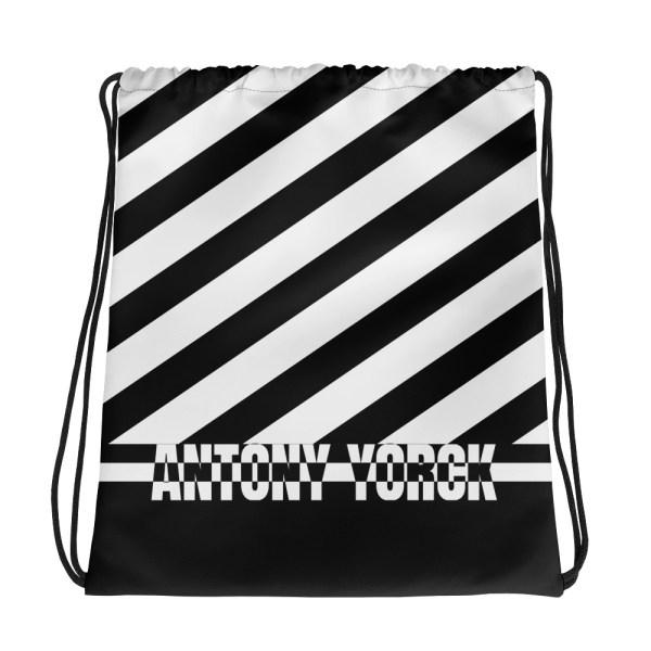 Designer Strandbeutel mit Kordelzug im Turnbeutel Design schwarz weiß 1 all over print drawstring bag white front 60c089c33564d