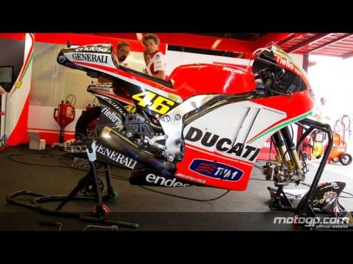 46-rossi-bike_motogp_slideshow