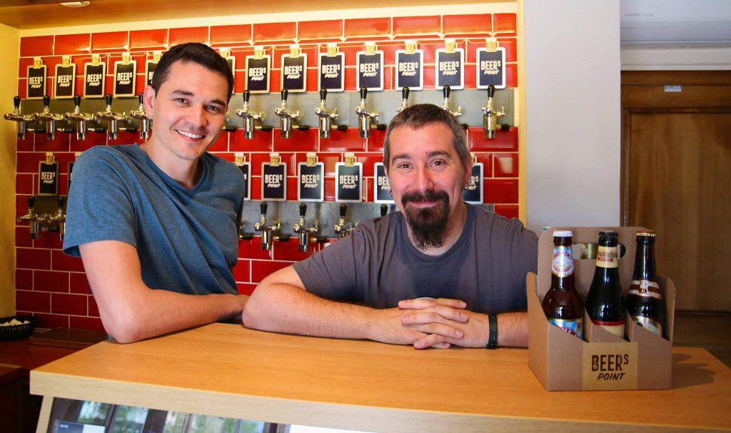 """Berea """"to go"""", cu peste 150 de sortimente, o afacere de nişă deschisă de un antreprenor din Republica Moldova în Cluj-Napoca"""