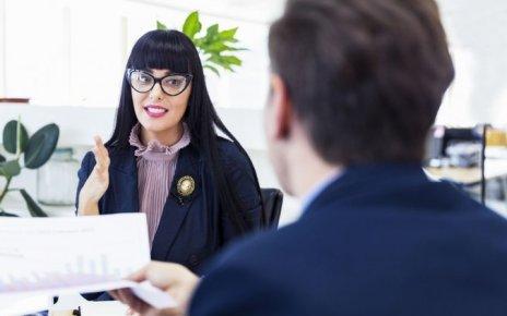 Cum să atragi mai mulți clienți fără să fii prea insistent