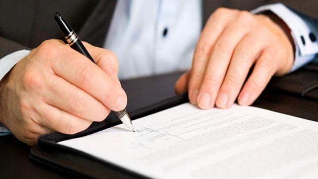 Firmele au termen 3 luni să modifice în Revisal trecerea contribuţiilor de la angajator la angajat
