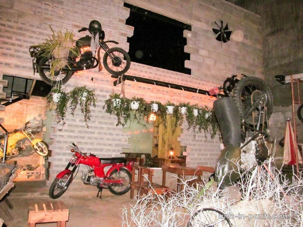 Dak-lak-province-biker bar