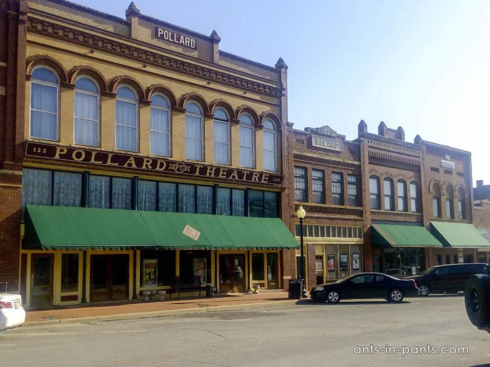 самый старый театр в Оклахоме