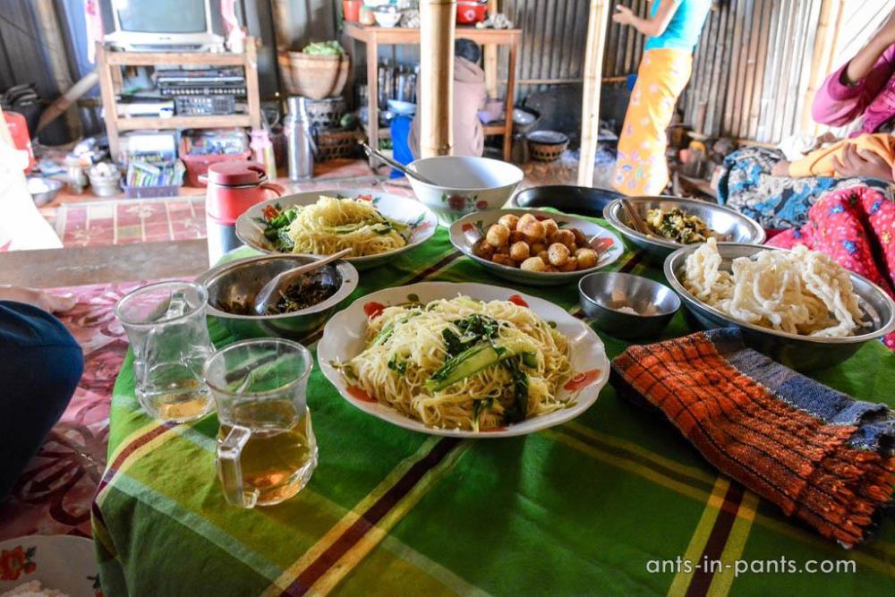 бирманский обед