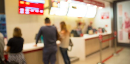 How Product Displays Are Adapting to New Restaurant Layouts