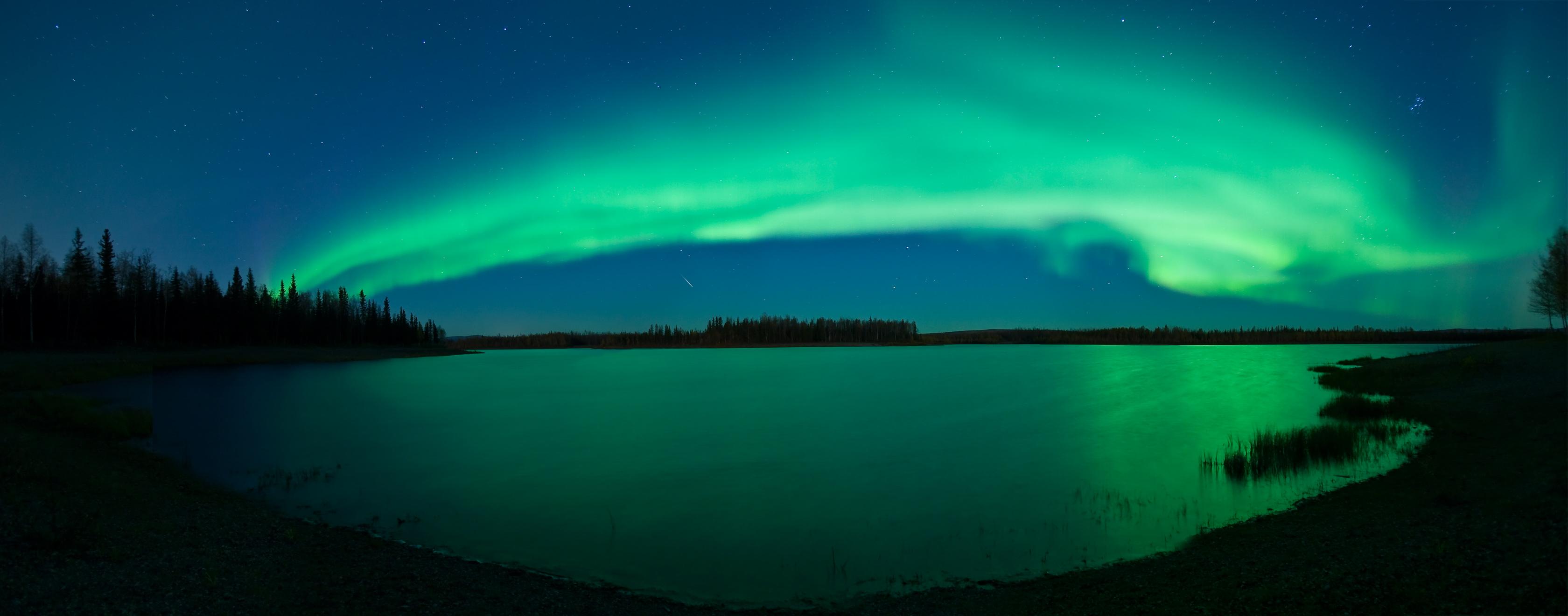 https://i1.wp.com/antwrp.gsfc.nasa.gov/apod/image/0710/aurora_kuenzli_big.jpg