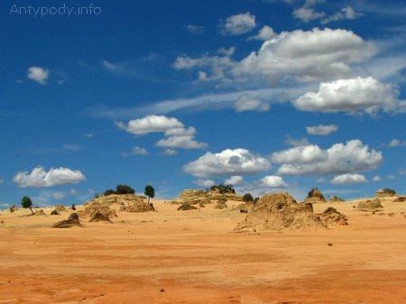 Wielki Mur Chiński w Parku Narodowym Mungo, Australia