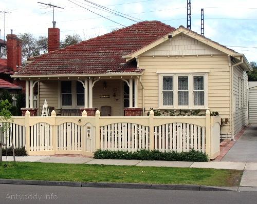 Typowy australijski domek na przedmieściu