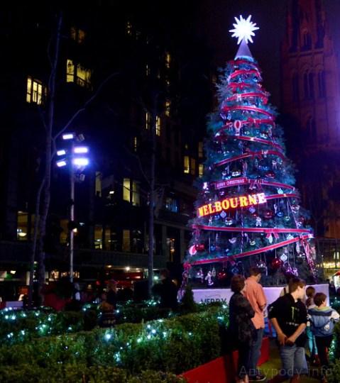 choinka na Christmas Square, Melbourne, Australia