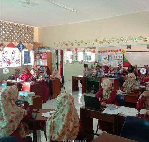 Pembinaan Guru SD Islam Anugerah Insani