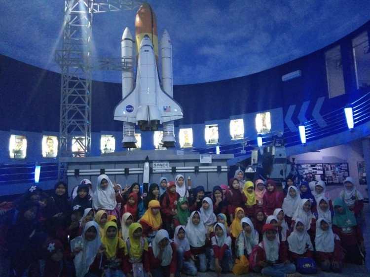 Field Trip SD Islam Anugerah Insani ke Sky World