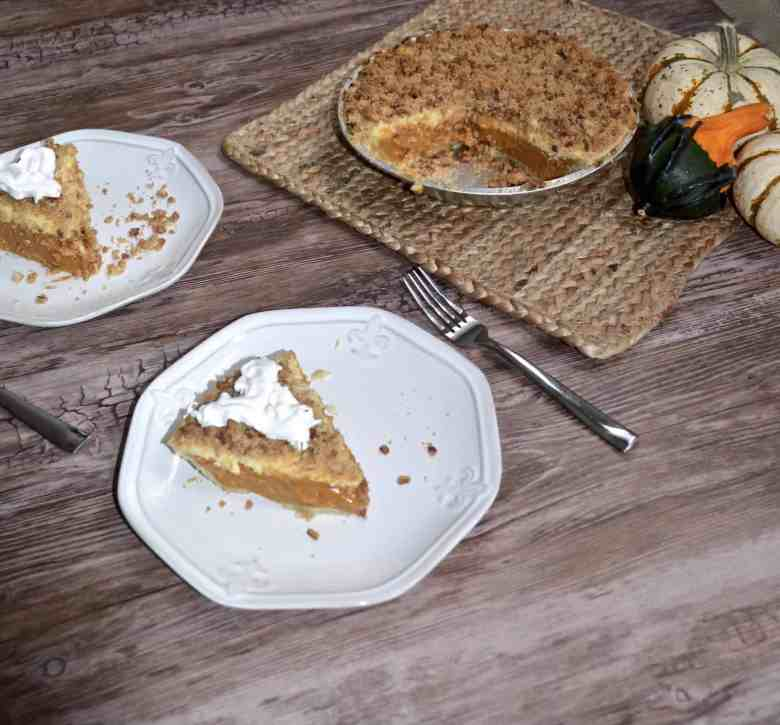 pumpkin pie and cheesecake