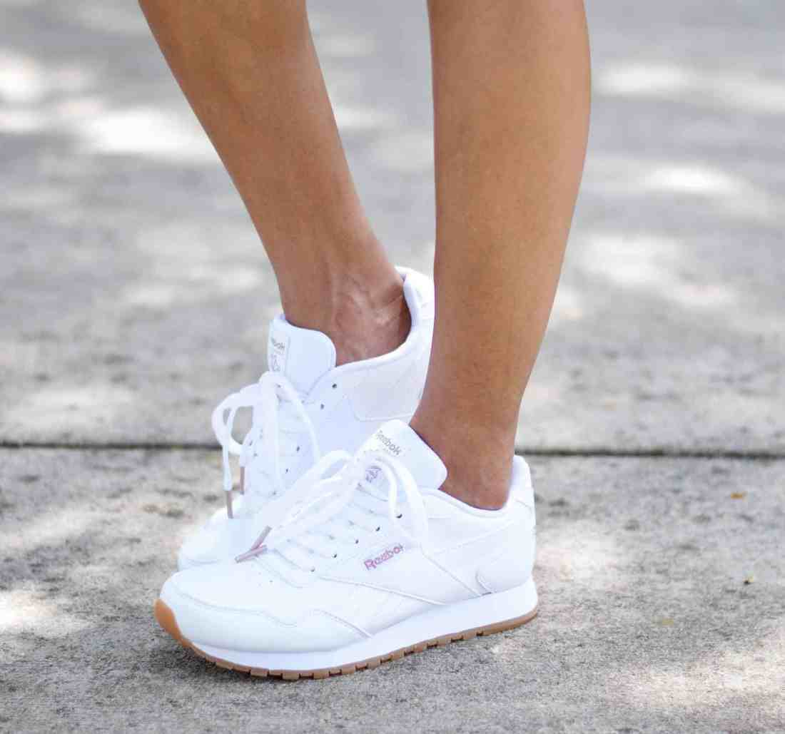 9acdbc5d710f7 Reebok Classic Shoes with DSW - An Unblurred Lady