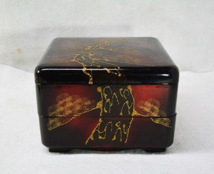 木製 本うるしぬり 二段重 「松」 漆器 天然木 重箱 正月 おせち料理 工芸品 伝統工芸