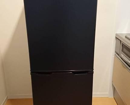 【冷凍庫ケース一部欠け有】冷蔵庫 アイリスオーヤマ IRSE-16A-B ブラック 冷蔵庫 162L 冷凍室62L スリム 幅47.4cm