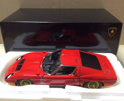 京商 オリジナル 1/18 ランボルギーニ ミウラ P400S レッド / ゴールド KS08316R