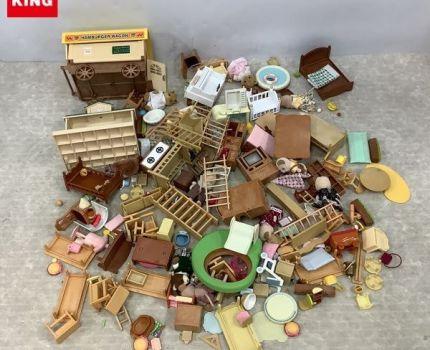 1円~ 訳あり ジャンク シルバニアファミリー パーツ 家具 他 テーブル、テレビ、人形、イス 等