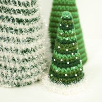 1. Cone Christmas Tree - Petals to Picots