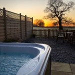 Holiday Let with hot tub wales