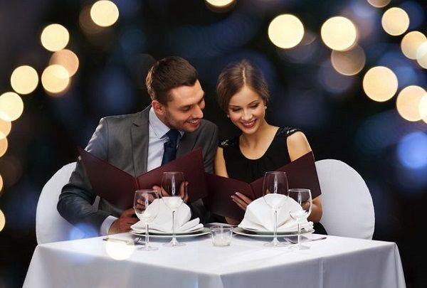 好きな人をディナーへ誘う