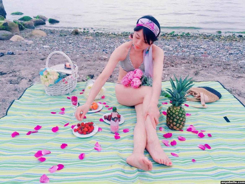Street style,Bikinigrill, Outfit,Fashion, Dress, Flower, Peony,Champagne,Fruit, Ocean, Holiday style, 街拍,时尚,穿搭, 海边,度假,沙滩,度假风, 比基尼美女 ,鲜花,水果, 香槟酒 ,牡丹花