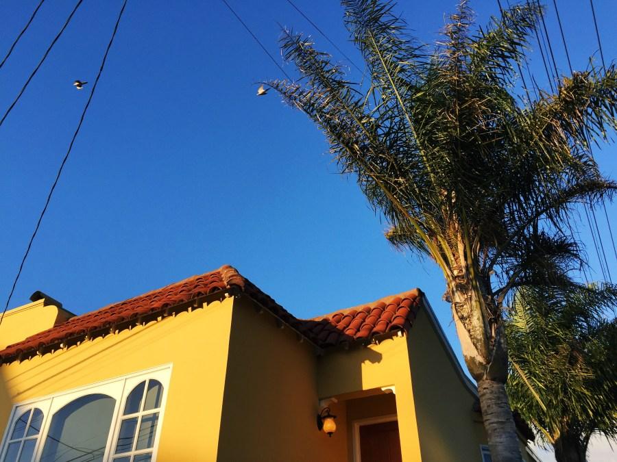 San Francisco yellow house