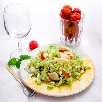 Как красиво украсить салат. Совет