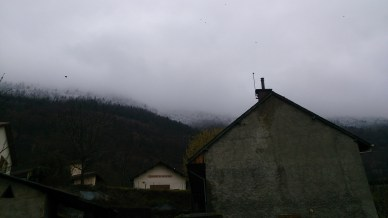 Starting out from the House, you can see the snow line above
