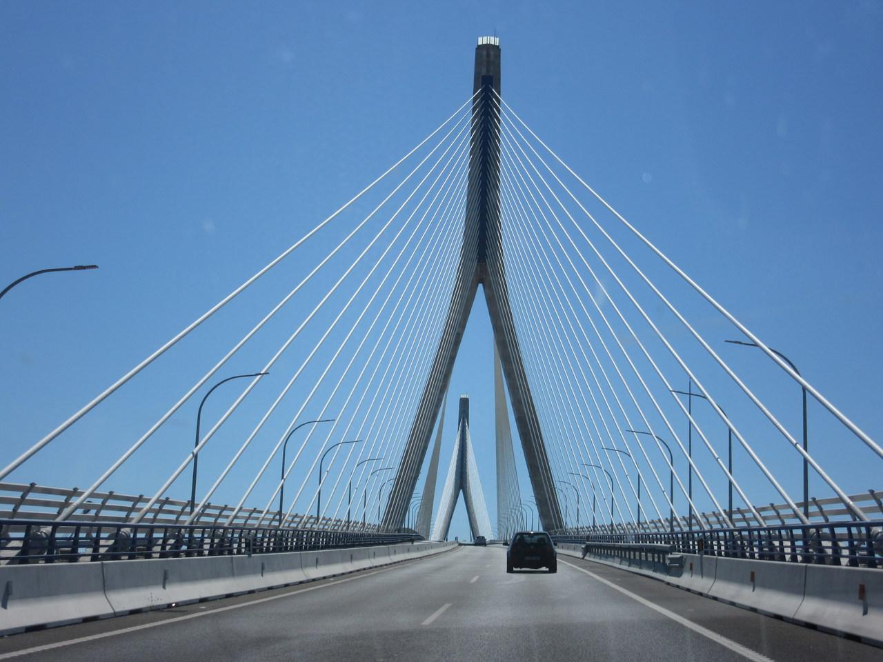 Puente de la Constitución