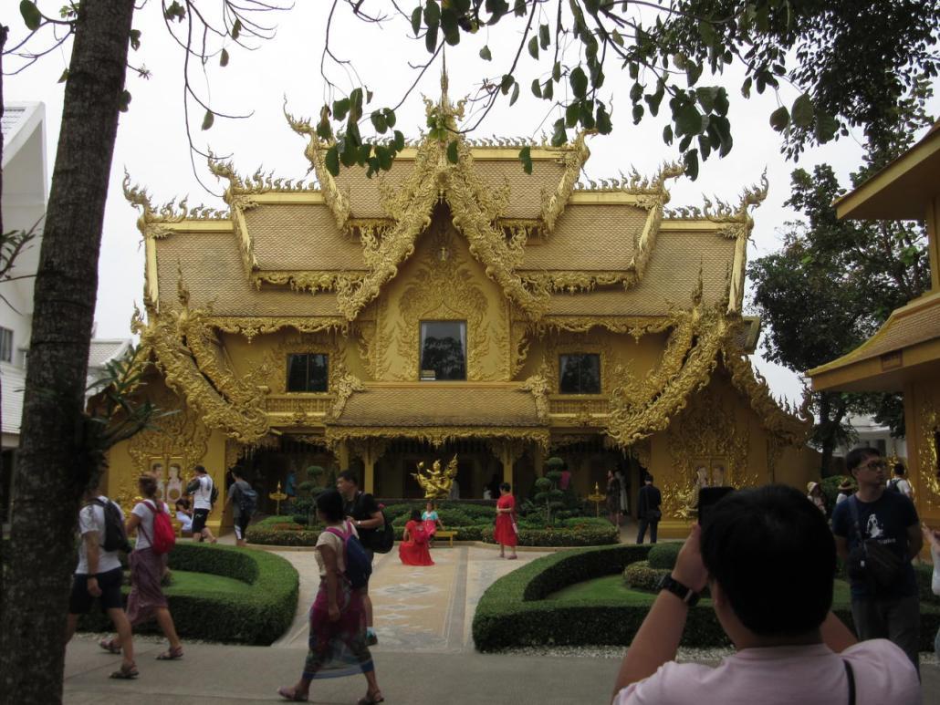 Chiang Rai White Temple Loos