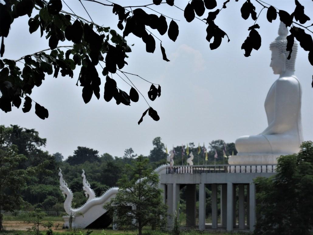Buddha near Ban Lom Jen homestay Chiang Rai