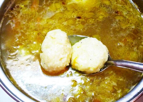 Куриный суп с сырно рисовыми клецками6