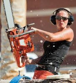 woman w chainsaw